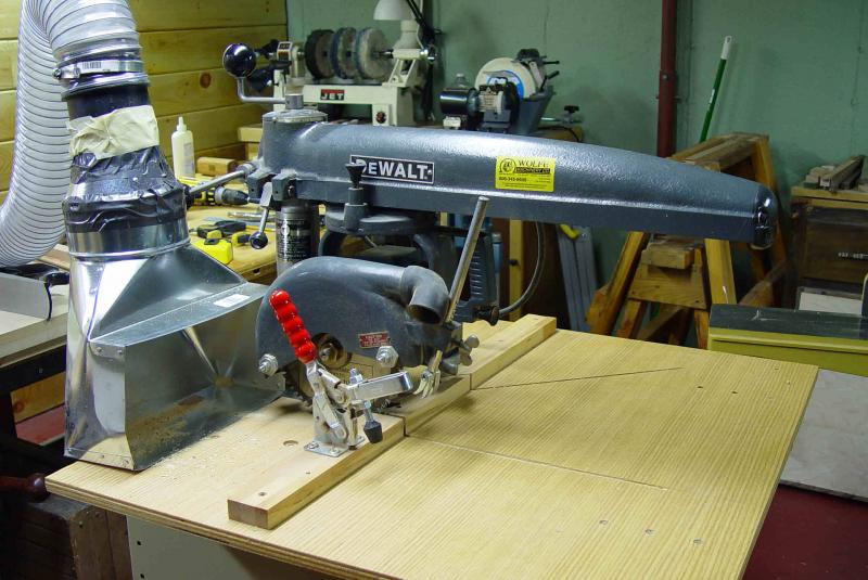 Radial Arm Saw Bench Plans http://www.mamacoke.com/shop_tour